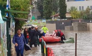 הצפה בגן ילדים ברחובות (צילום: קרדיט דוברות כבאות, חדשות)