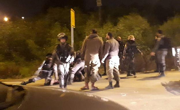 העימות בין השוטרים לחייל (צילום: ללא קרדיט, חדשות)