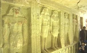 מתחם קבורה בן 4,400 שנה בקהיר (צילום: רויטרס, חדשות)