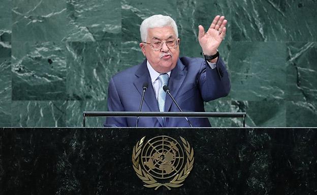 רוב הפלסטינים מעדיפים שיפרוש. אבו מאזן (צילום: רויטרס, חדשות)