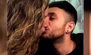 """הזוגיות החדשה של ישראל אוגלבו (צילום: מתוך """"ערב טוב עם גיא פינס"""", שידורי קשת)"""