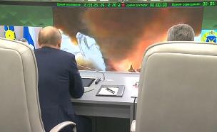 פוטין מפקח על מבחן שיגור (צילום: רויטרס, חדשות)