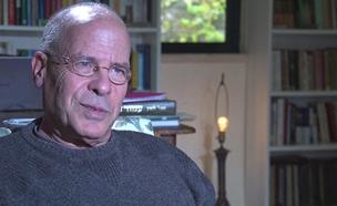 הסופר מאיר שלו נפרד מחברו עמוס עוז (צילום: החדשות)