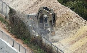 העבודות בגבול הצפון, ארכיון (צילום: רויטרס, חדשות)
