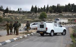 זירת הפיגוע בגבעת אסף (צילום: דוד מיכאל כהן/TPS, חדשות)