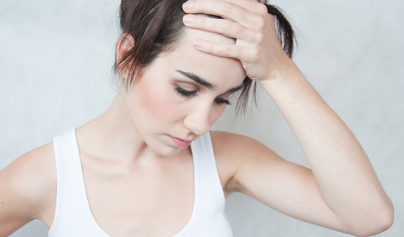 אישה, כאב (צילום: alekso94, Shutterstock)