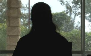 מורה ביסודי מספרת על האלימות בבתי הספר (צילום: החדשות)