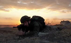 """שריון וצנחנים מתאמנים לקו עזה (צילום: דובר צה""""ל , באדיבות גרעיני החיילים)"""