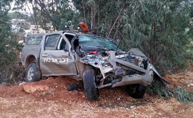 תאונה בין ג'יפ צבאי למשאית, ארכיון (צילום: עד ראייה, חדשות)