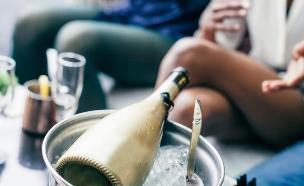 יין יוקרתי (צילום: shutterstock   santypan)