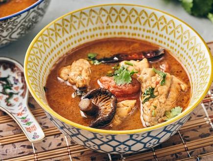 מרק טום יאם תאילנדי עם בורי ושיטאקי