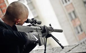 רוצח שכיר (צילום: shutterstock | vladibulgakov)