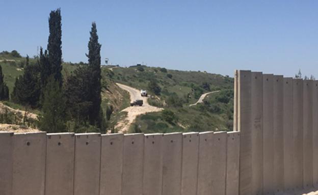 לבנון דורשת לעצור את בניית החומה (צילום: החדשות)