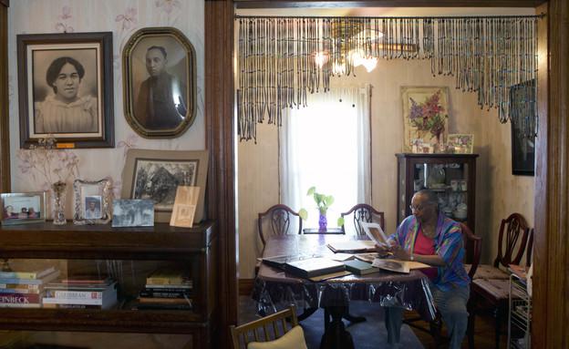 ג'ודית בראיינט, צאצאית של הארייט טאבמן, בבית טאבמן באובורן (צילום: AP Mike Groll)