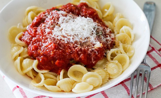 """פסטה עם רוטב עגבניות (צילום: עידית נרקיס כ""""ץ, טעים!)"""