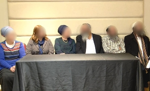 הורי החשודים במסיבת עיתונאים (צילום: החדשות)