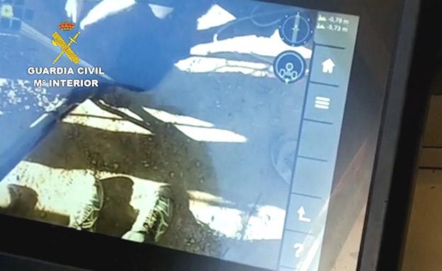 תיעוד: מאמצי החילוץ מסביב לבור (צילום: רויטרס, חדשות)