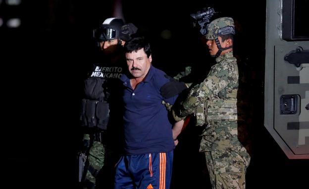 חואקין גוזמן בעת המעצר (צילום: רויטרס, חדשות)