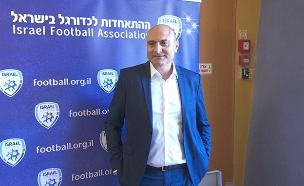 משה זוארץ התפטר מההתאחדות לכדורגל (צילום: החדשות)