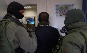 """המחבל עאסם ברגותי לאחר מעצרו (צילום: דובר צה""""ל, חדשות)"""