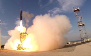 ניסוי טיל (צילום: אגף דוברות והסברה אגף הביטחון, חדשות)