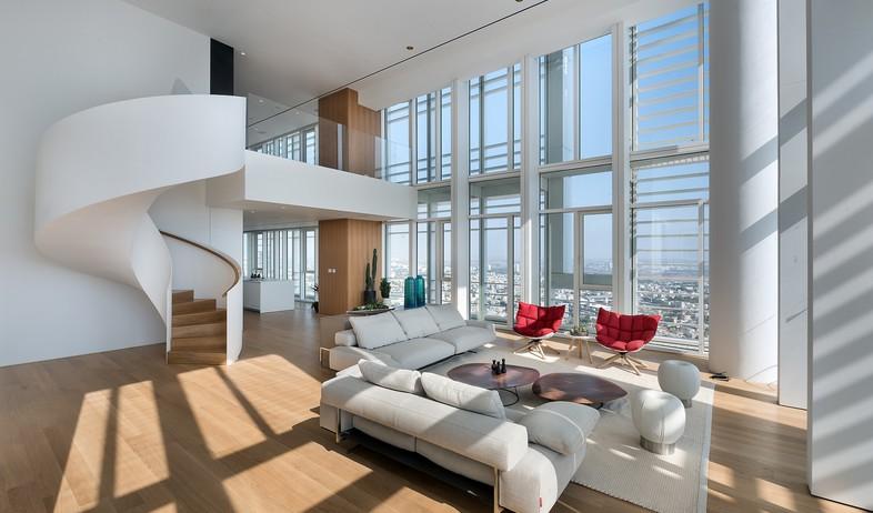 מגדל מאייר, סלון קומה 1 (צילום:  עמית גירון)