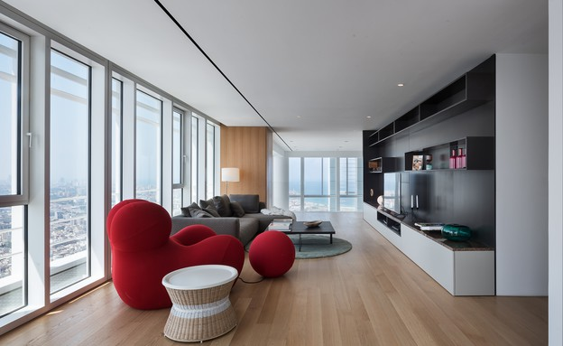 מגדל מאייר, סלון קומה 2 (צילום:  עמית גירון)