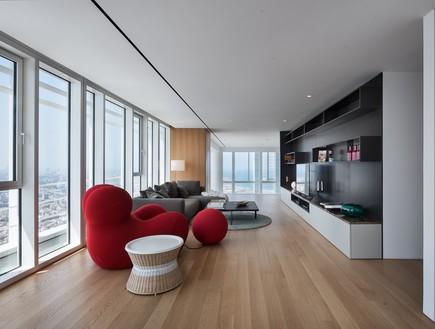 מגדל מאייר, סלון קומה 2