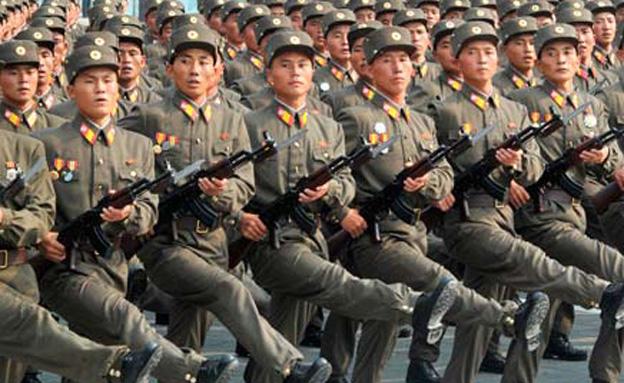 """""""מי שיצפה בשידורים מהדרום - יוצא להורג"""" (צילום: רויטרס, חדשות)"""