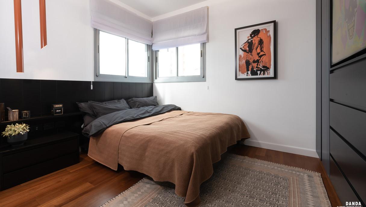 הדירה של סקאזי - 9