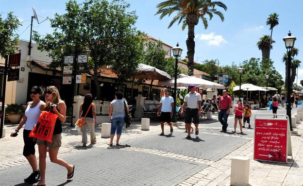 רחוב המייסדים (צילום:  ChameleonsEye, shutterstock)