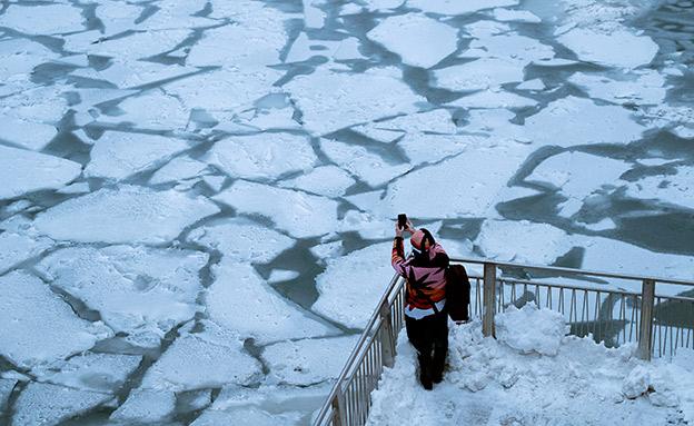 נהר שיקגו קפא (צילום: רויטרס, חדשות)