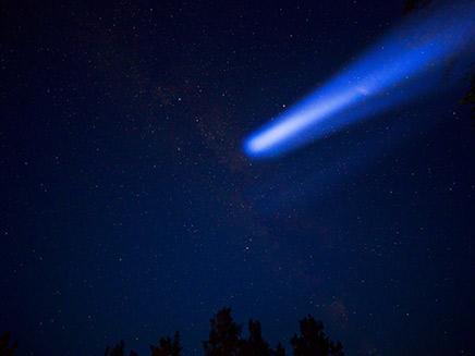 נפילת מטאור, אילוסטרציה (צילום: 123RF, חדשות)