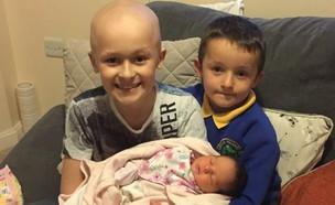 ביילי קופר עם אחיו ואחותו הקטנה מילי (צילום: Lee Cooper, KateRiep_Godbye)