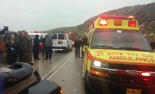 """תאונה בכביש הבקעה, ארכיון (צילום: דוברות מד""""א, חדשות)"""