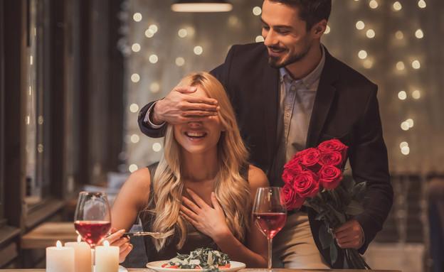 ערב רומנטי (צילום: George Rudy | Shutterstock)