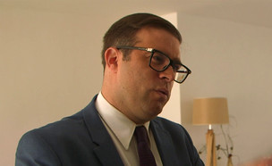 """אורן חזן בראיון ל""""אנשים"""" (צילום: מתוך """"אנשים"""", שידורי קשת)"""