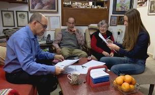 """מירב כהן, מנהל ה""""מטה למאבק בעושק קשישים"""" (צילום: החדשות)"""