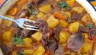 קוביות צלי בקר עם תפוחי אדמה (צילום: יונית סולטן צוקרמן, אוכל טוב)