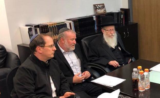 בזמן פרסום החשדות: ליצמן לצד מנדלבליט (צילום: חדשות)