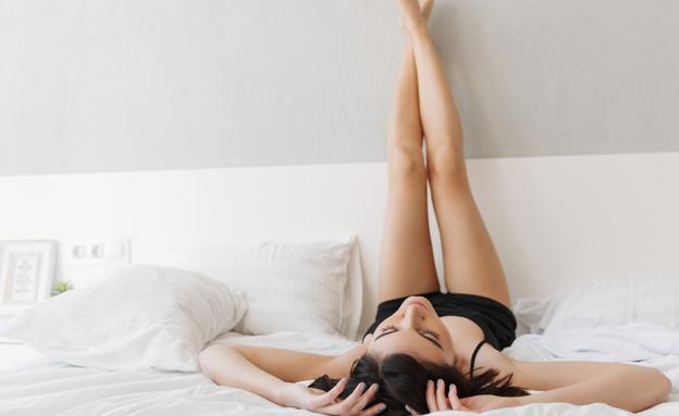 שינה בעירום (צילום: kateafter | Shutterstock.com )