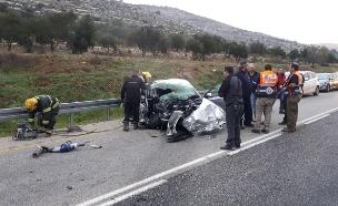 תאונת דרכים ליד עלי בבנימין, יהודה ושומרון (צילום: כיבוי והצלה, חדשות)