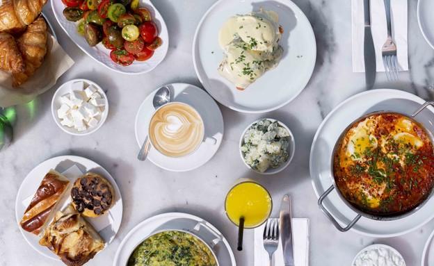 ארוחת בוקר רושפלד קפיטריה (צילום: ריטה גולדשטיין, אוכל טוב)
