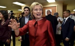 קלינטון במהלך קמפיין הנשיאות (צילום: רויטרס, חדשות)