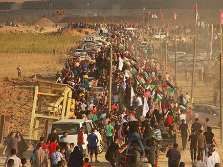 עשרות אלפים בגבול עזה. ארכיון