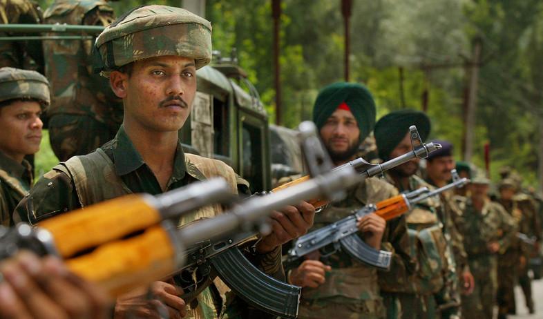 לוחמי צבא הודו בקשמיר (צילום: Paula Bronstein, gettyimages)