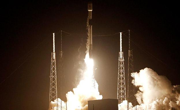 """שיגור החללית הישראלית """"בראשית"""" (צילום: רויטרס, חדשות)"""
