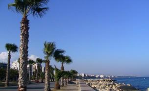 חוף הים בלימסול, קפריסין (צילום: ויקיפדיה)