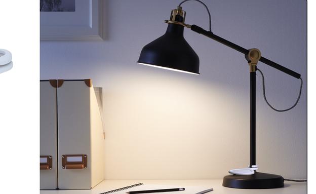 ThisAbles - מתג למנורת שולחן (צילום: איקאה)