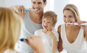 """מברשת שיניים חשמלית (צילום: יח""""צ Oral-B)"""